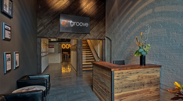Groove Entrance